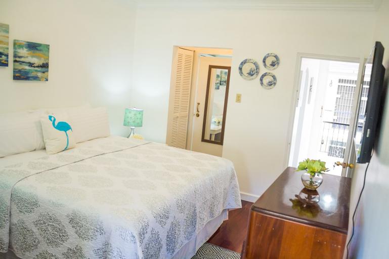 Kingston Luxury Condo Apartment,