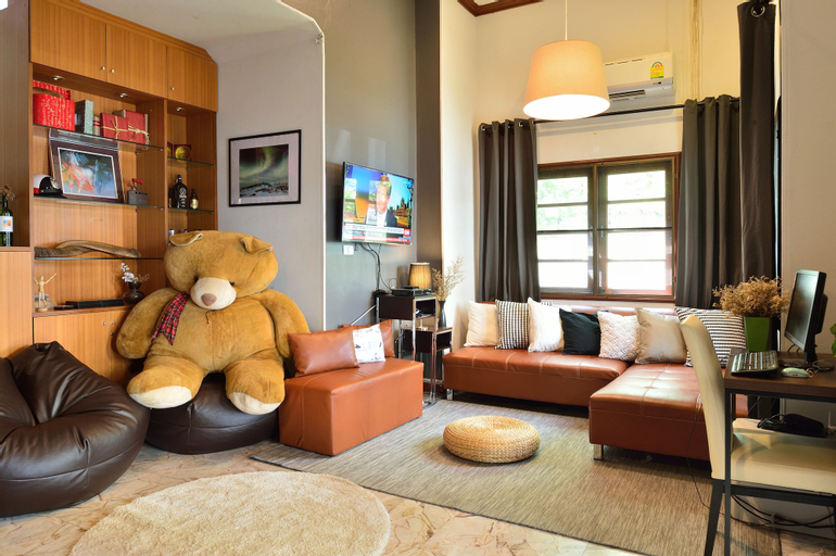 Lost and Found Bed and Breakfast, Phaya Thai