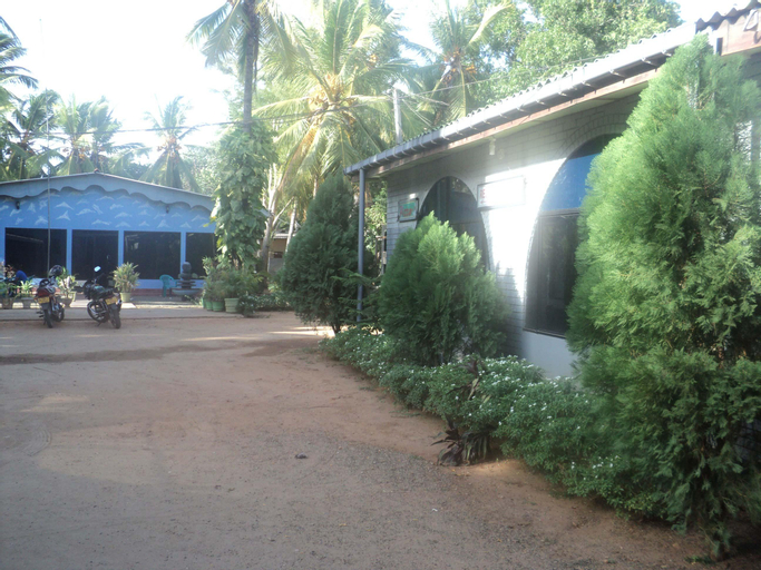 Puleys Balmoral Hotel and Rest House, Vavuniya