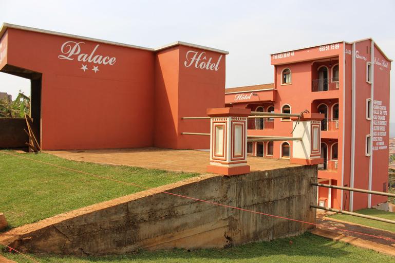 Guins Palace, Mifi
