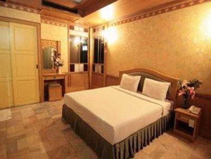 Hotel 13 Coins Resort Bang Na, Bang Na