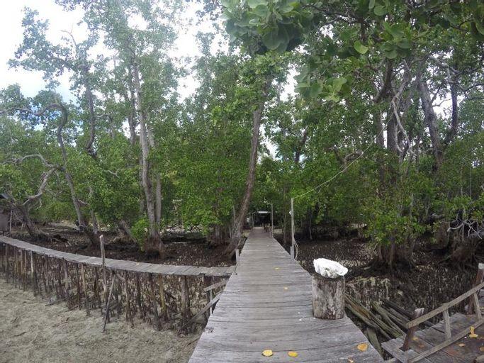 Cormasiwin Resort Mangrove, Raja Ampat