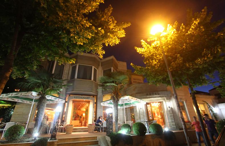 Diplomat HOTEL & SPA, Tiranës