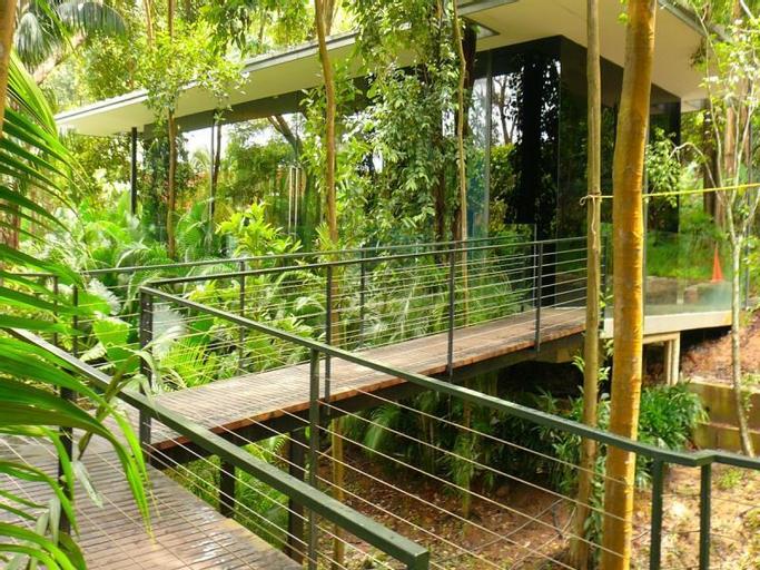 Siloso Beach Resort, Sentosa, Bukit Merah