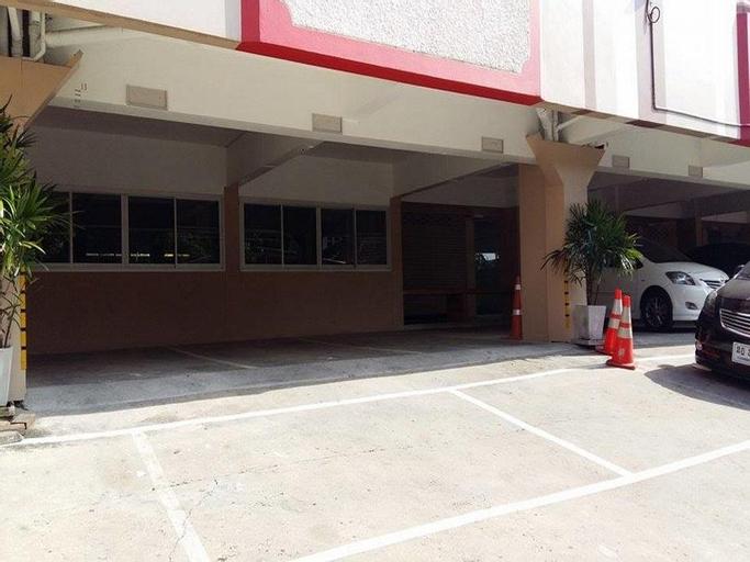 Nakarin 36 Mansion, Prawet