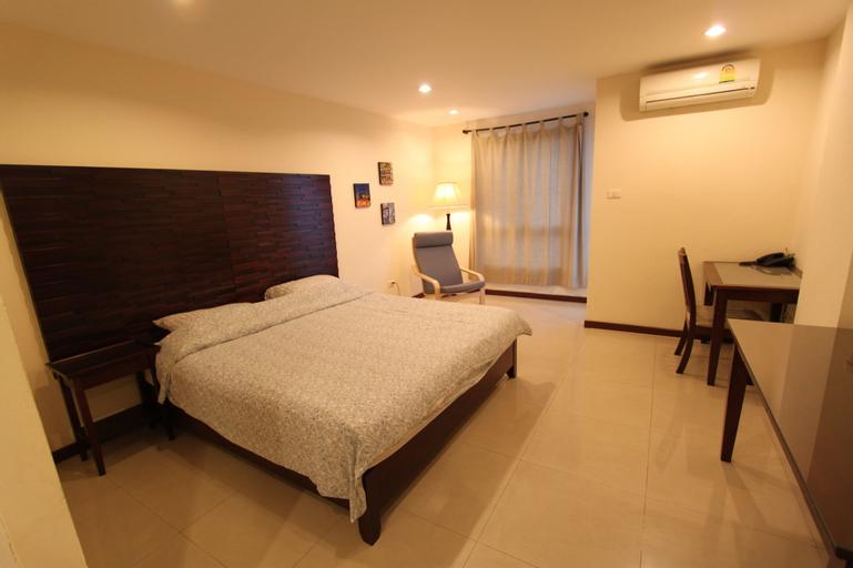 The Royal Bee Apart Hotel, Bang Khen