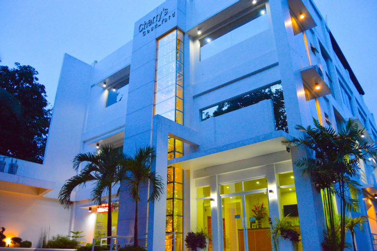 Cherry's Court_Yard, Puerto Princesa City