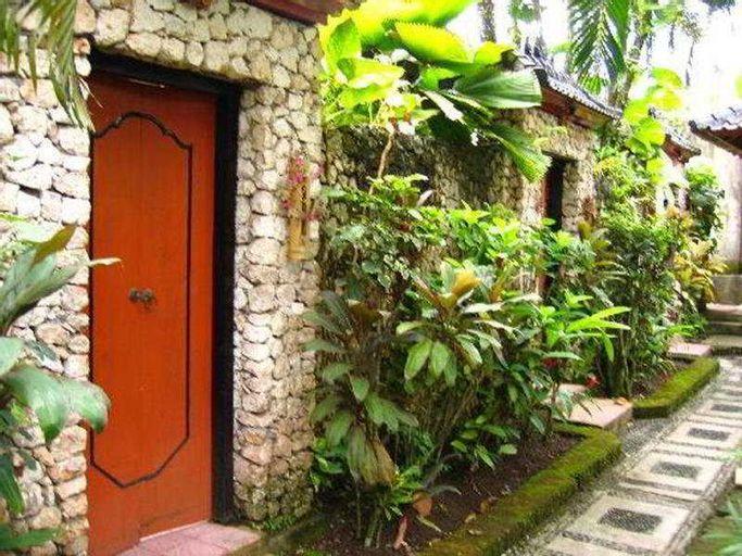 Santai Bali, Karangasem