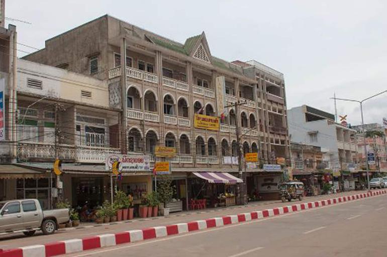 Lankham Hotel, Pakxe