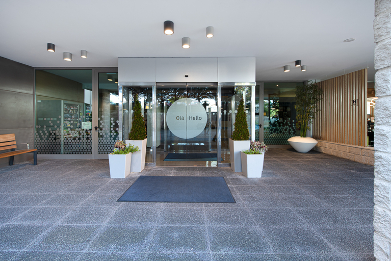 Holiday Inn Express Lisbon Airport, an IHG Hotel, Loures