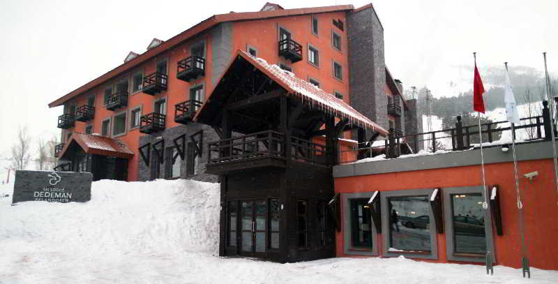 Dedeman Palandoken Ski Lodge, Merkez