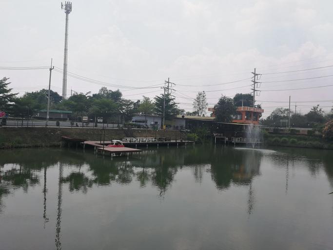 River & Flowers Resort, Phatthana Nikhom