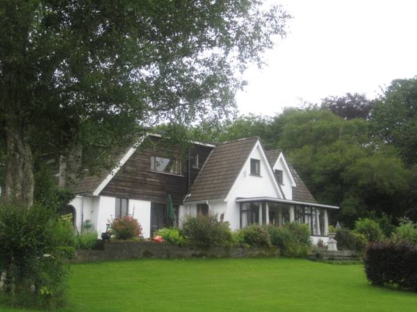 Lough Owel Lodge B&B,