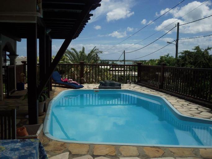 Blue Lagoon Villa,