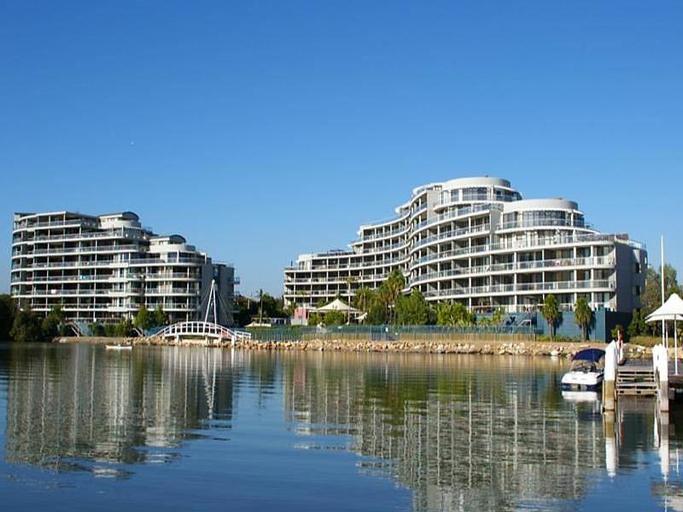 Homebush Bay Furnished Apartments 57 Bennelong Parkway, Auburn