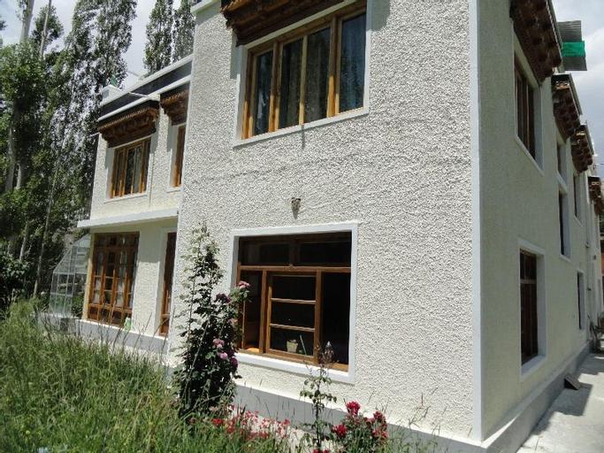 Zal Guest House, Leh (Ladakh)