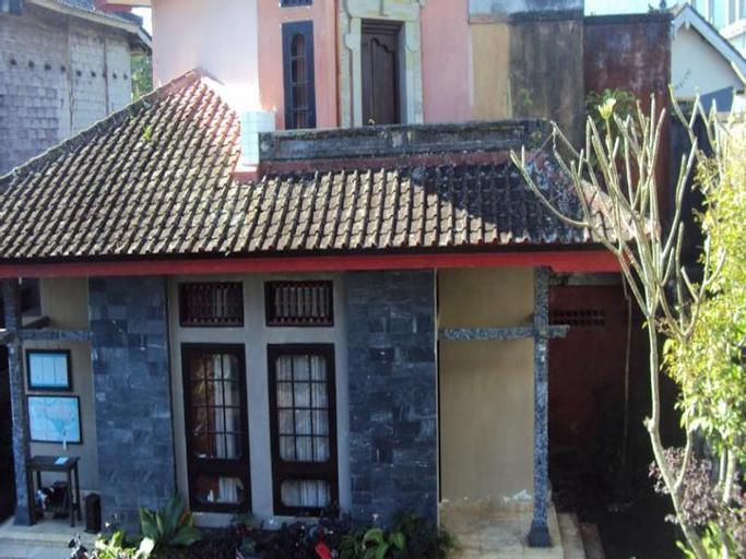 Puri Agung Inn, Karangasem