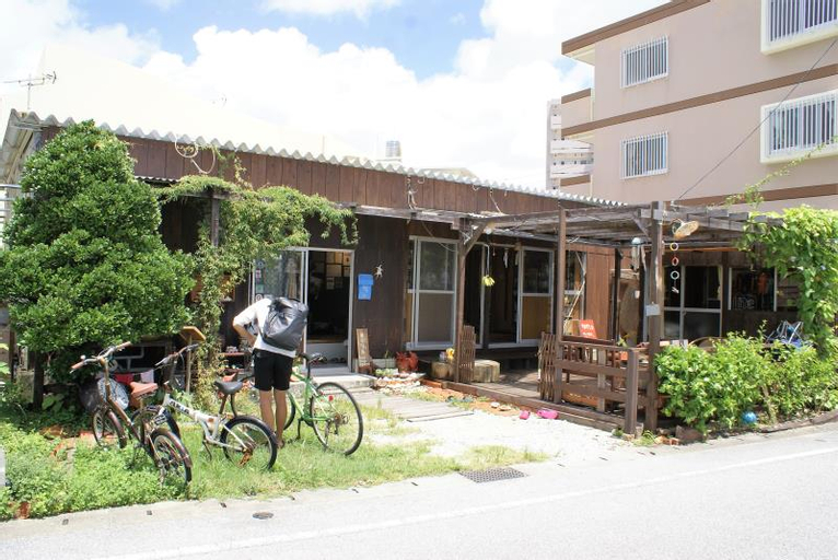 Guest House Agaihama, Yonabaru