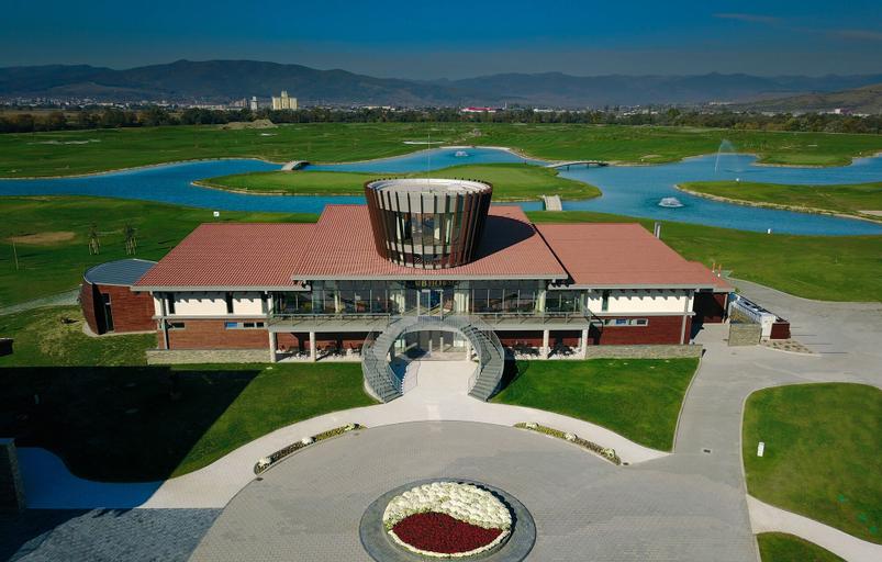 Theodora Golf Club, Ciugud