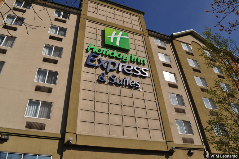 Holiday Inn Express and Suites Seattle City Center, King