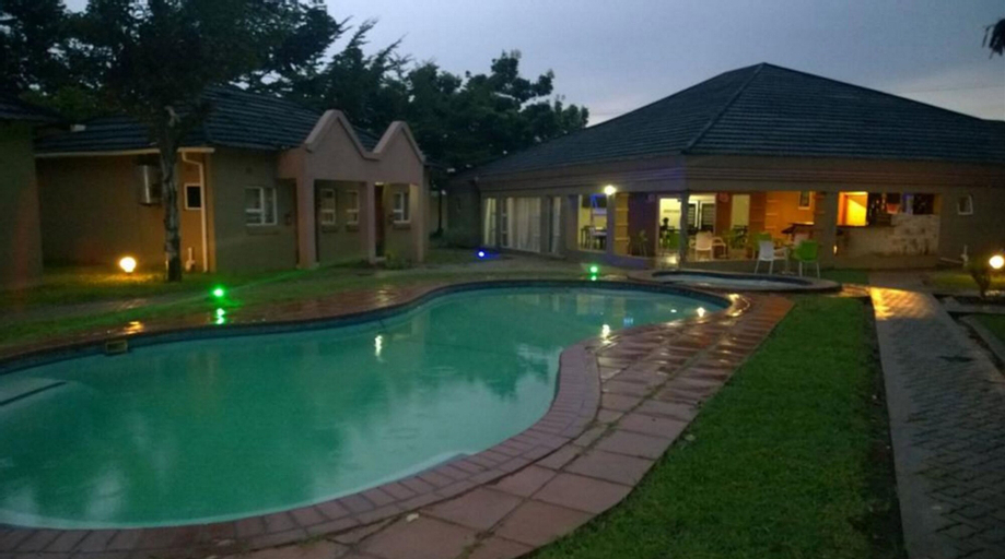 Tasha Lodge, Livingstone