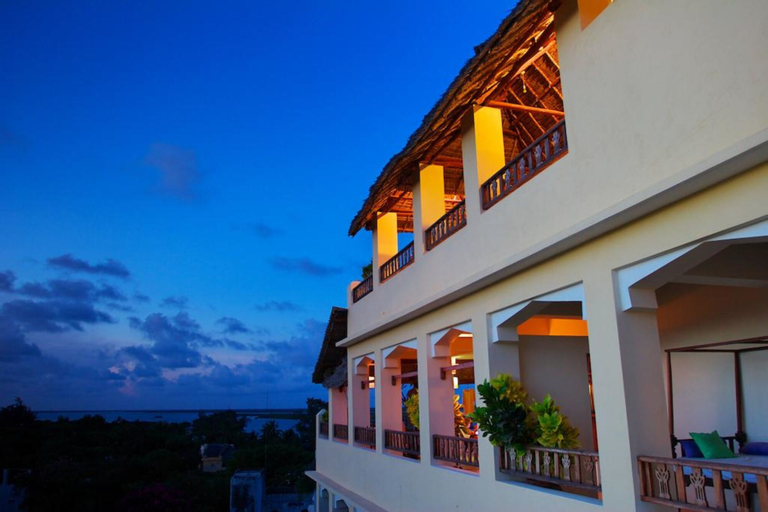 Msafini MangoTop Roof Hotel, Lamu West