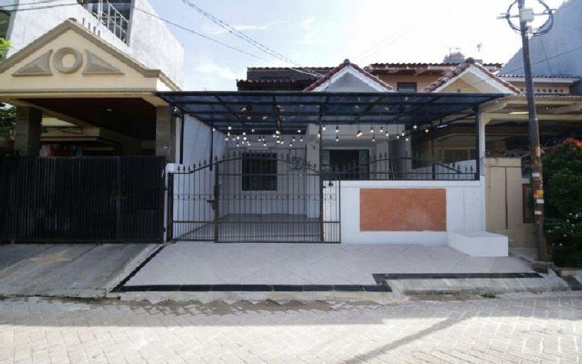 Kamar Keluarga Taman Bandara Syariah, Tangerang