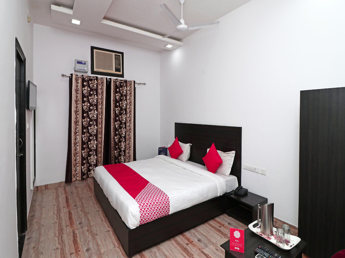 OYO 16080 The Royal Orchid (Pet-friendly), Gorakhpur