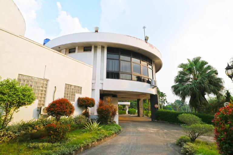 Sawangan Golf Hotel & Resort, Depok