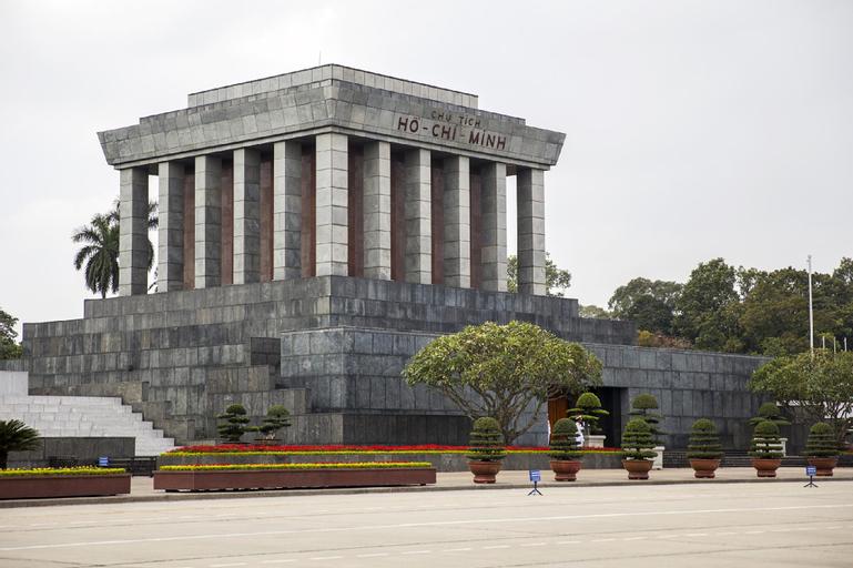 MS Salute Hanoi, Hoàn Kiếm