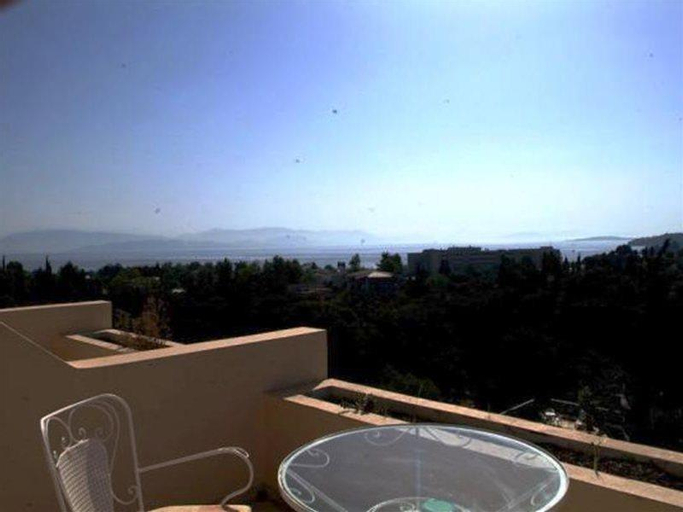 La Calma, Ionian Islands
