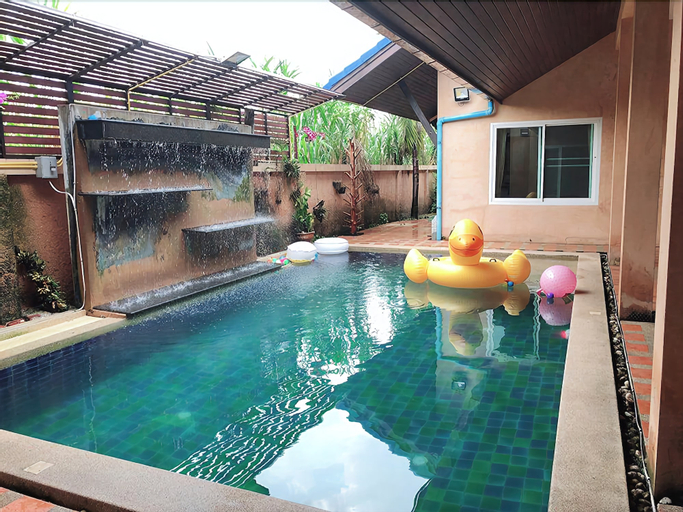 Baan Honey Suite, Bang Lamung