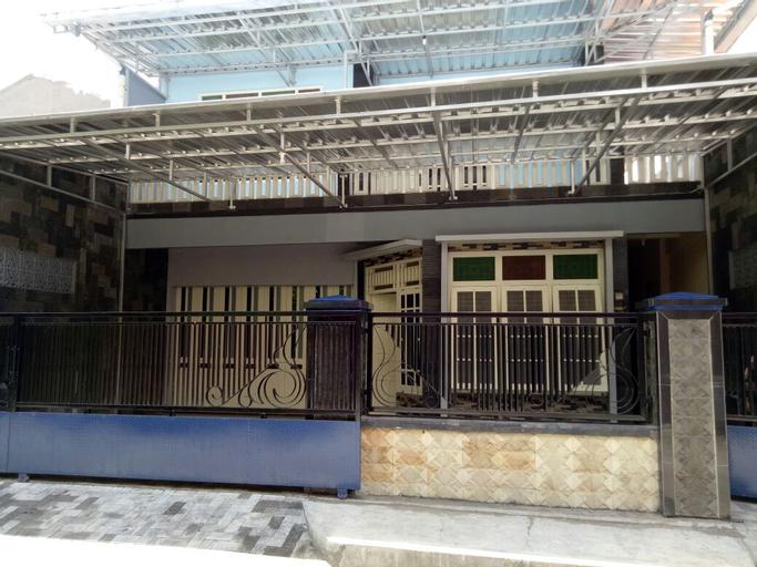Roro Jonggrang Guesthouse, Sleman