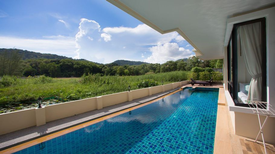 2 Bedrooms + 2 Bathrooms Apartment in Rawai - 17318975, Pulau Phuket