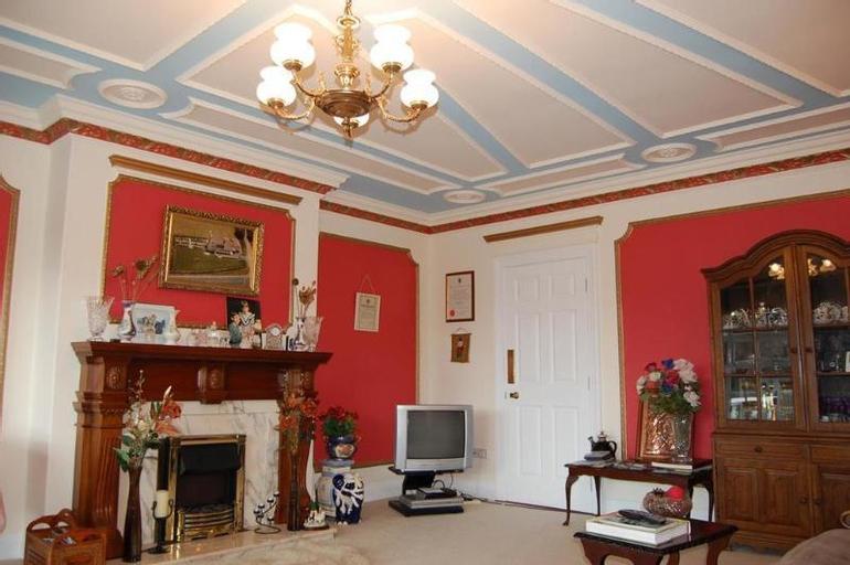 Ballingowan House,