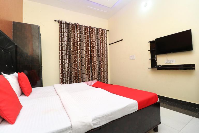 OYO 30357 Green House, Kapurthala