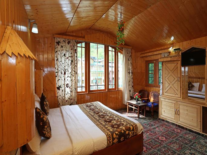 OYO 9084 Hotel Tourist Palace, Anantnag