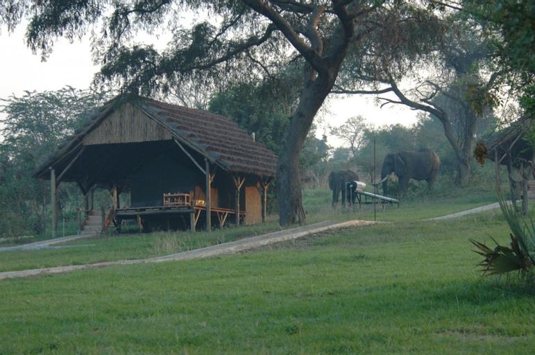 Bwana Tembo Safari Lodge, Jonam