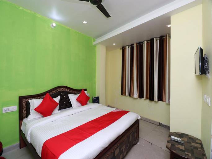 OYO 22084 Veenayak Residency, Gorakhpur