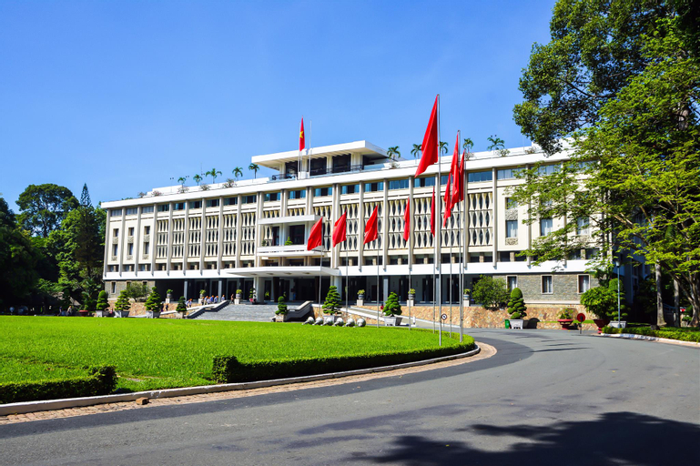 OYO 131 Nhu Phuc Hotel, Quận 1