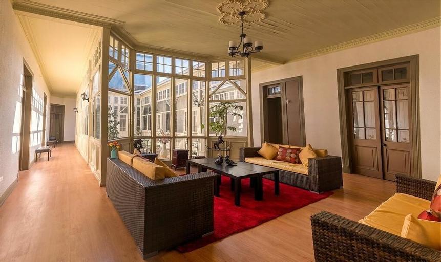 Hotel Sierra Bella, Cordillera