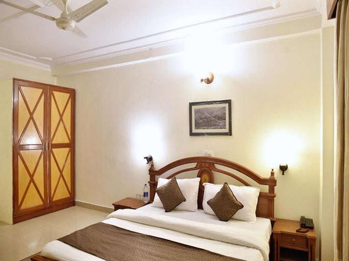 OYO 10432 Hotel Swaran Palace, Solan
