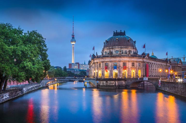 Smart Stay Hotel Berlin City - Hostel, Berlin