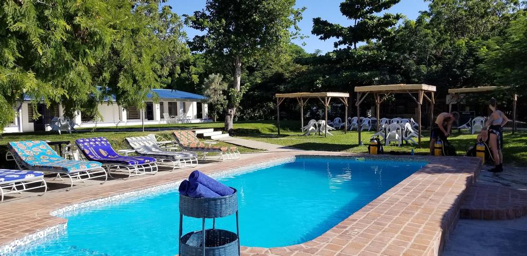 Annies Lodge Cape Maclear, Lake Malawi
