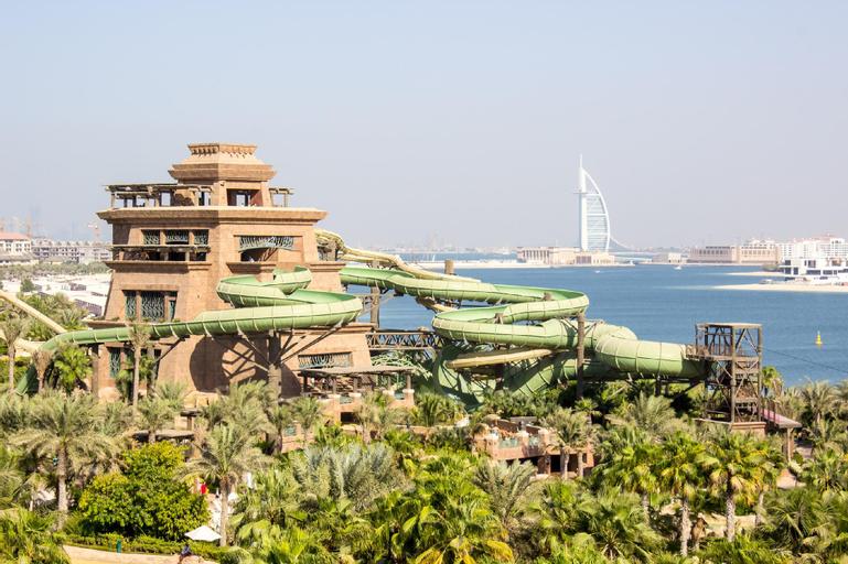 Novotel Dubai Al Barsha,