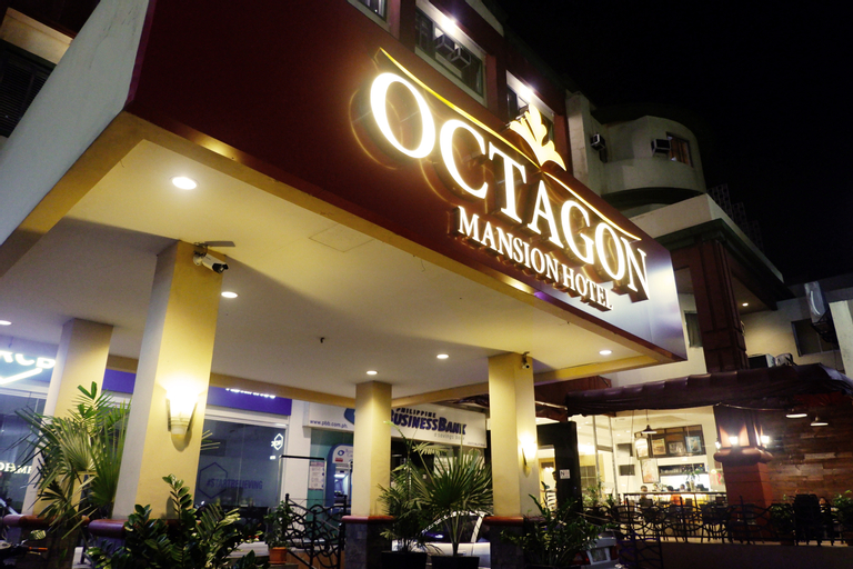 Octagon Mansion Hotel formerly known Hostel 1632, Manila