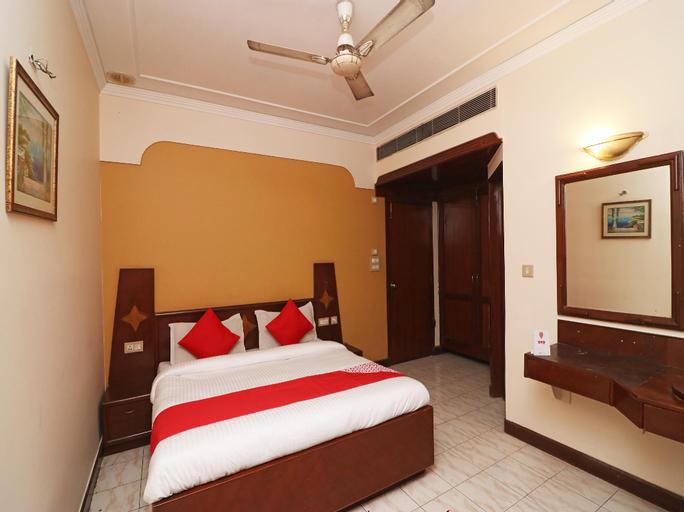 OYO 23171 Hotel Metro Regency, Meerut
