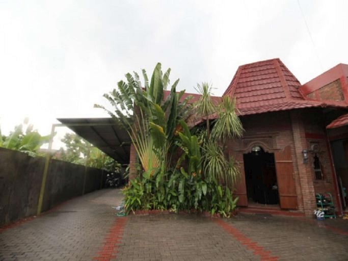 Taman Asri Semarang by Innupin, Semarang