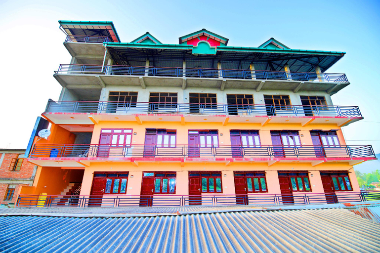OYO 37030 Hotel Vishal, Mandi