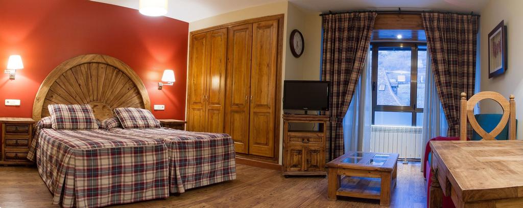 Gran Chalet Hotel, Lleida